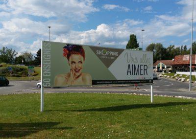 Panneaux publicitaires Shopping Etrembières (74)